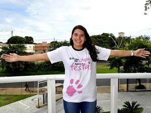 Nathalia Cristina de Oliveira foi aprovada no Sisu e vai estudar no Rio de Janeiro (Foto: Luciano Calafiori/G1 Campinas)