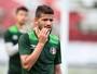 """Jadson, sobre encontro do Santa Cruz com Atlético-MG: """"Prefiro jogos assim"""""""
