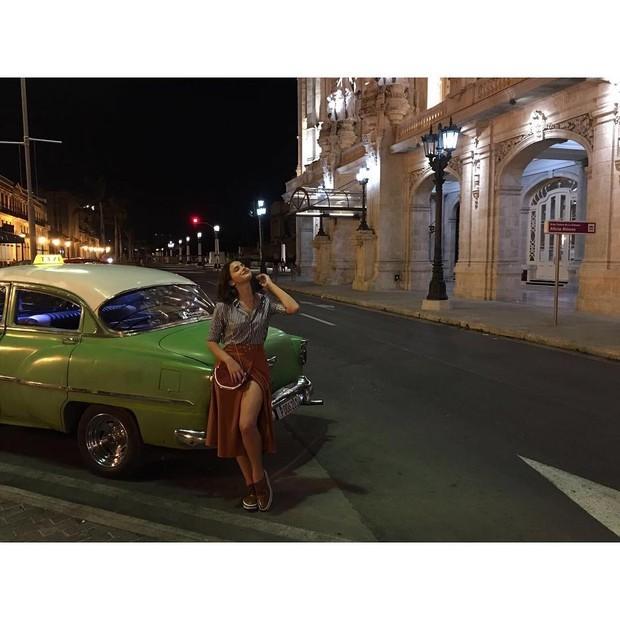 Bruna Marquezine em Cuba pra Glamour (Foto: Reprodução/Instagram)