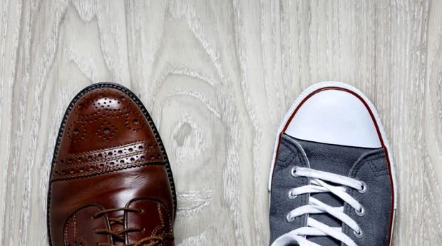 trabalho, vida pessoal, equilibrio, tenis, sapato (Foto: ThinkStock)