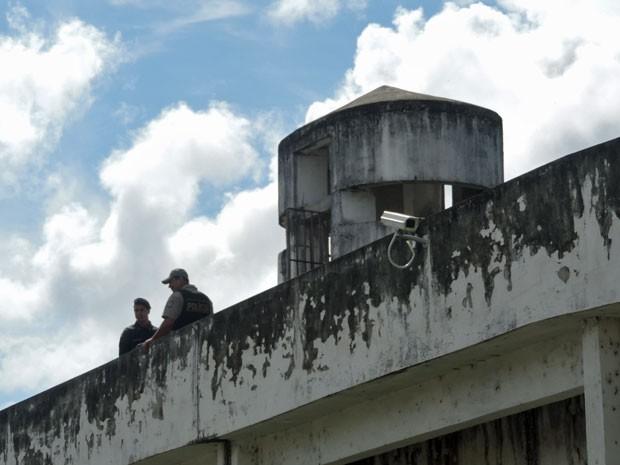 Baixo número de agentes nos plantões é uma das queixas da Associação de Penitenciários (Foto: Marina Barbosa / G1)