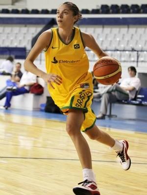 Tássia basquete feminino Brasil (Foto: Gaspar Nóbrega/Inovafoto)