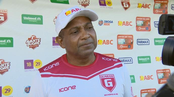 Gerson Evaristo Guarani-MG técnico (Foto: Reprodução/TV Integração)