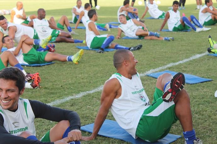 Salgueiro, treino (Foto: Emerson Rocha)