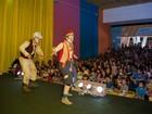 Domingo tem ABBA e teatro como opções de lazer na capital de MS