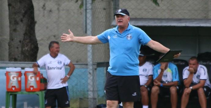 felipão grêmio treino olímpico (Foto: Eduardo Deconto/GloboEsporte.com)