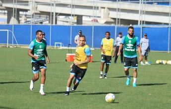 Grêmio volta aos trabalhos e faz treino técnico sem esboço de time titular