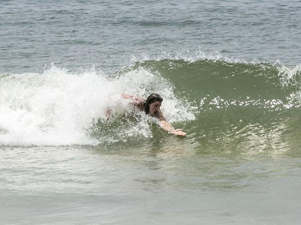Ele ainda pega umas ondinhas (Foto: Inácio Moraes/Gshow)