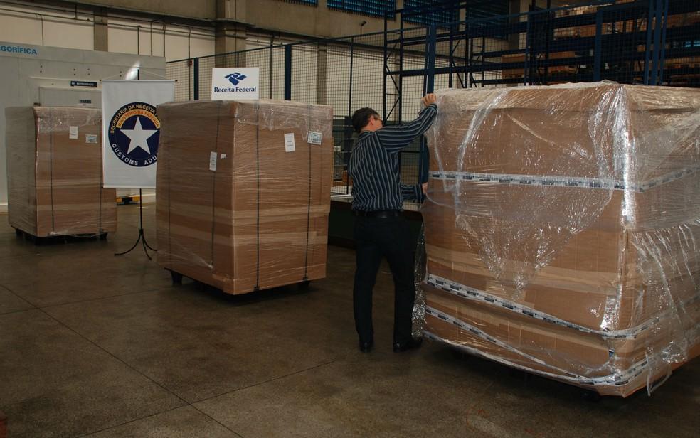 Quatro toneladas de produtos irregulares foram apreendidas pela Receita (Foto: Divulgação/Receita Federal)