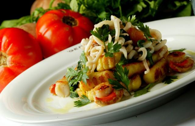 Nhoque de batatas do Gero com frutos do mar (Foto: Divulgação)