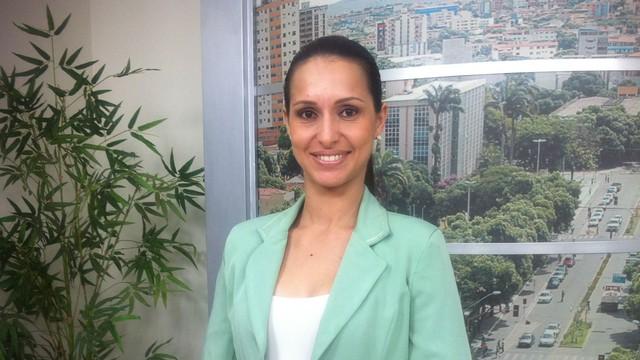 Denise Rodrigues apresenta o MG Inter TV 1ª Edição direto de Governador Valadares (Foto: Maria Freitas / Inter TV dos Vales)