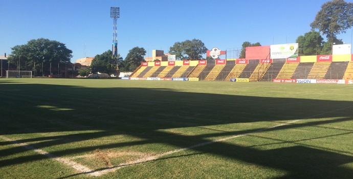Estádio Guaraní Paraguai (Foto: Diego Ribeiro/GloboEsporte.com)