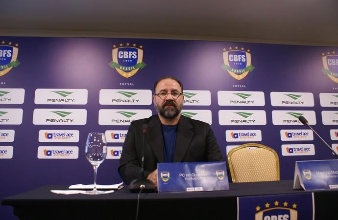 PC Oliveira coletiva seleção brasileira de futsal (Foto: Agence Rio/Divulgação)