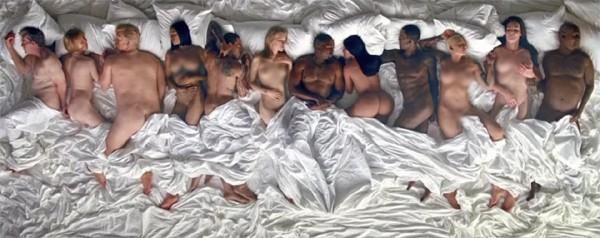 """Cena do clipe """"Famous"""", de Kanye West (Foto: Reprodução)"""
