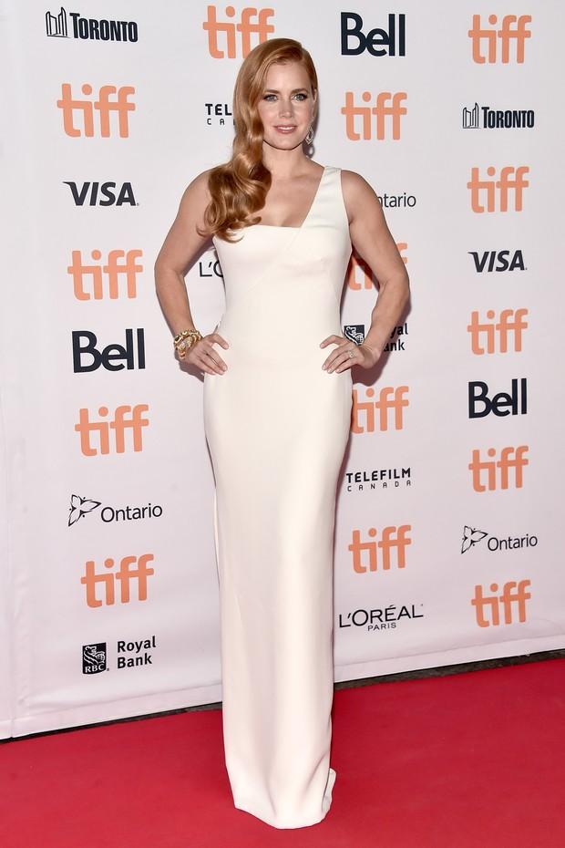 Amy Adams no festival de cinema de Toronto, no Canadá (Foto: Alberto E. Rodriguez/ Getty Images/ AFP)