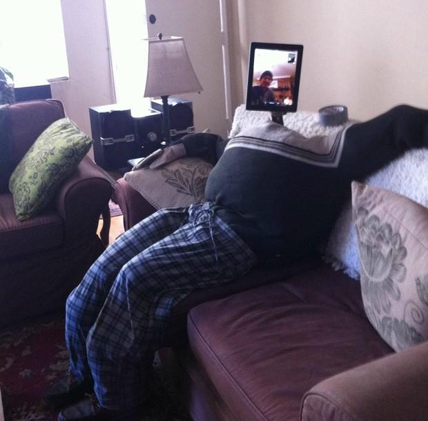 Irmãos assistiram ao Super Bowl 'juntos' com ajuda de videoconferência (Foto: Reprodução)