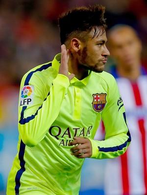 Neymar comemora gol do Barcelona contra o Atlético de MAdrid (Foto: Getty Images)