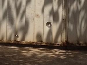 Vizinho irritado com barulho mata rapaz durante festa de casamento, em Goiânia (Foto: Rodrigo Mansil/TV Anhanguera)