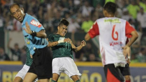 Oeste x Palmeiras (Foto: Célio Messias / Ag. Estadão)