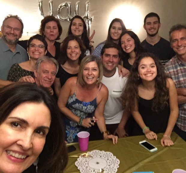 Fátima com amigos em NY (Foto: Reprodução/Instagram)