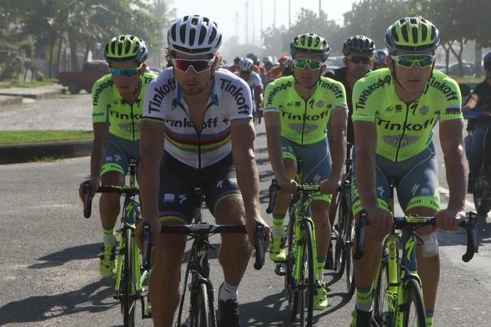Peter Sagan e companheiros de equipe percorrem trajeto da prova de ciclismo estrada do Rio 2016 (Foto: Divulgação)