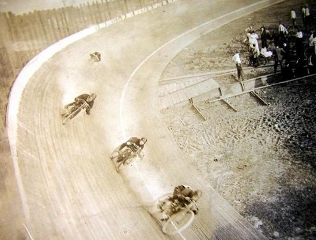 BLOG: MM Memória - Os motódromos: história de velocidade, fama e morte - parte 2 - Artigo de Morrillu para motorpasionmoto.com...