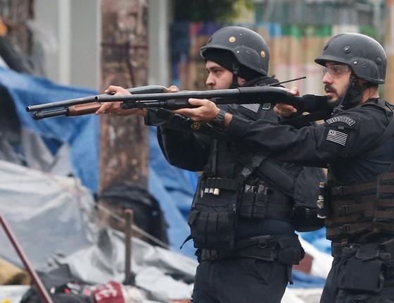 As Polícias Civil e Militar realizam, na manhã deste domingo, 21, uma grande operação na região da Cracolândia, no centro de São Paulo. (Foto:  Marcos Alves / Agencia O Globo)
