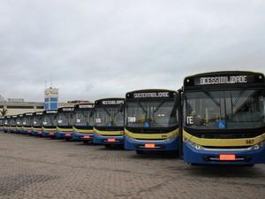 ônibus transporte coletivo consórcio transoeste trancid passagem Divinópolis MG (Foto: Patrícia Rodrigues/Assessoria PMD)