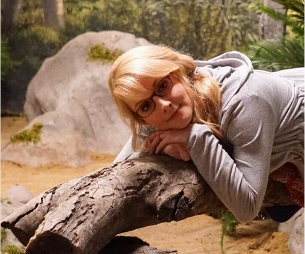 A atriz Melissa Rauch da série The Big Bang Theory (Foto: Instagram)