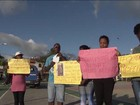 Na Bahia, protesto de moradores impede travessia Itaparica-Salvador