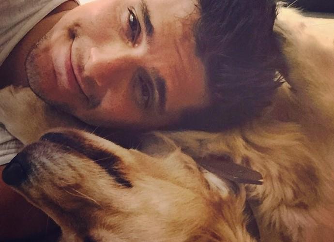 Bruno Gissoni morre de amores pela cachorrinha Beth (Foto: Arquivo Pessoal)