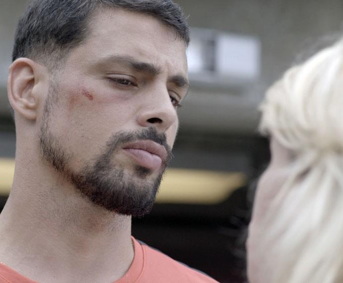 Juliano desiste de viajar (Foto: TV Globo)