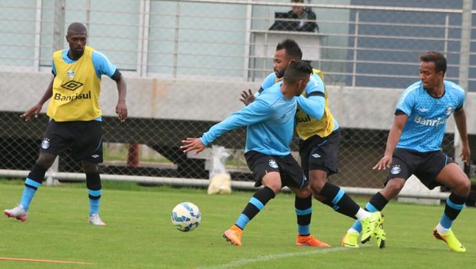 Yago Kaio Fernandinho Denílson Grêmio (Foto: Eduardo Moura/GloboEsporte.com)