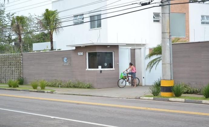 casa de Gabriel Medina em São Sebastião Maresias (Foto: Filipe Rodrigues/ GloboEsporte.com)