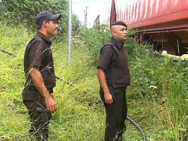 Trem é parado em tentativa de furto de combustível em São Carlos (Foto: Felipe Lazzarotto/ EPTV)