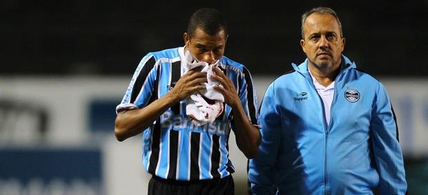 gilberto silva volante grêmio (Foto: Lucas Uebel/Grêmio FBPA)