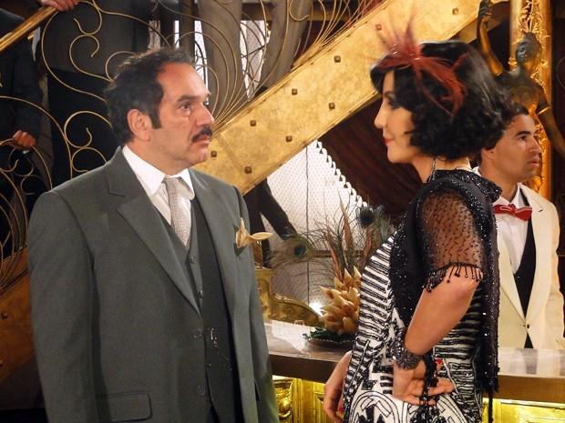 Maria Machadão faz com que Nacib reflita melhor sobre o relacionamento com Gabriela (Foto: Gabriela / TV Globo)