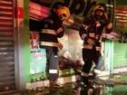 Incêndio atinge loja de tintas no Setor Cidade Jardim, em Goiânia