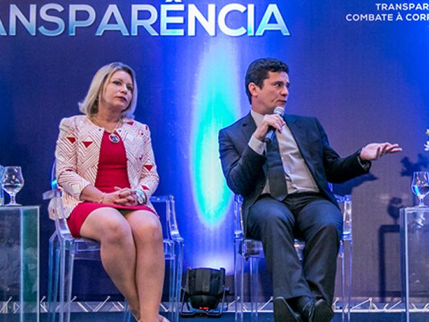 Selma Arruda participou de um evento com Sérgio Moro em Cuiabá em dezembro (Foto: Rafaella Zanol/ Gcom-MT)