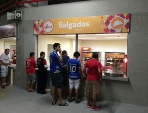 Arena das Dunas - lanchonetes sem filas (Foto: Jocaff Souza/GloboEsporte.com)