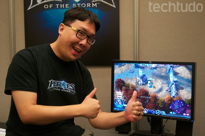 Richard Khoo confirmou a dublagem do game, mas sem data para ser lançado (Foto: Monique Mansur/ TechTudo)
