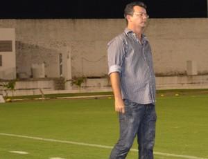 Tassiano Gadelha, técnico do Internacional de Teixeira (Foto: Larissa Keren / GloboEsporte.com/pb)