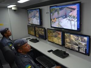 No ônibus militares terão acesso às imagens em tempo real (Foto: John Pacheco/G1)