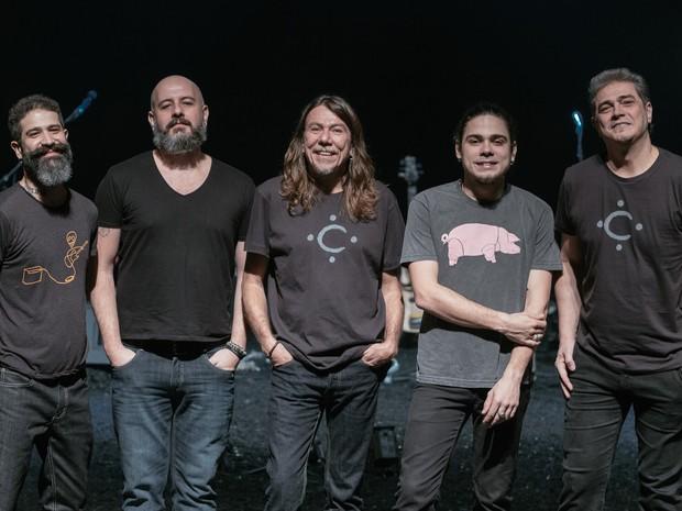 Lenine e banda apresentam novo CD Carbono (Foto: Flora Pimentel)