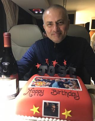 José Mourinho aniversário Manchester United (Foto: Reprodução/Twitter)