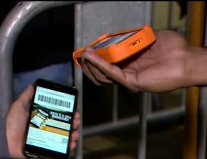 Fluminense testa sistema de leitura de ingresso (Foto: Reprodução SporTV)