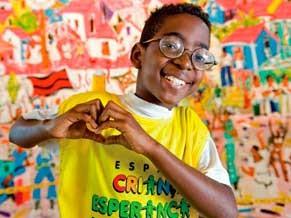 Imagem do livro de 25 anos do Criança Esperança (Foto: Divulgação)