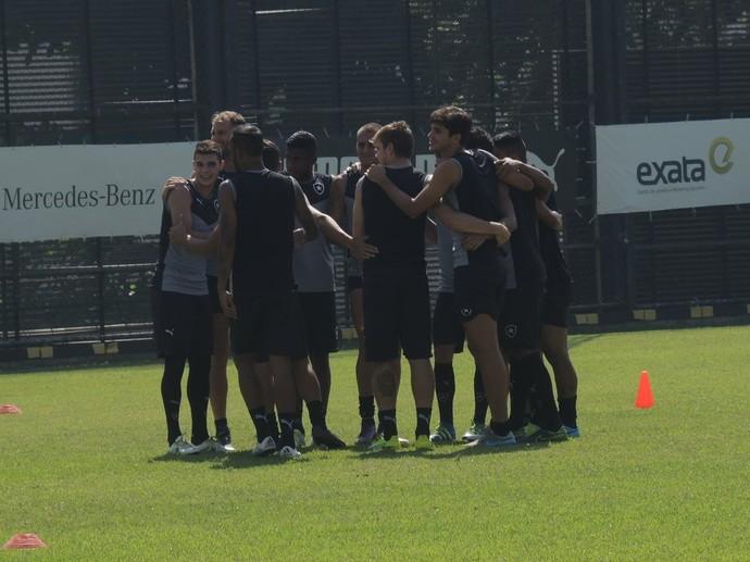 Treino Botafogo General Severiano (Foto: Marcelo Baltar)