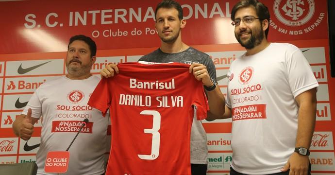 Danilo Silva zagueiro Inter (Foto: Tomás Hammes/GloboEsporte.com)