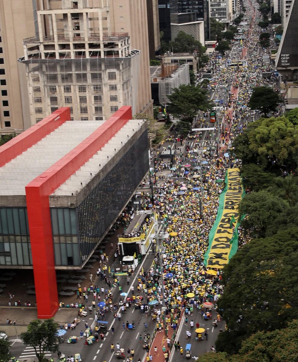 Manifestação em apoio à Lava Jato na Avenida Paulista (Foto: Amanda Perobelli/Estadão Conteúdo)